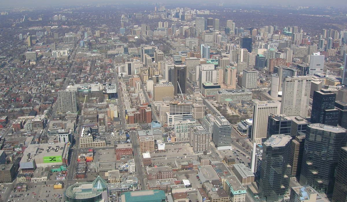 Urban Sprawl in Canada's Cities